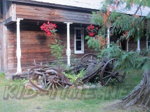 3 Valley Gap Historic Ghost Town - Old Wagon